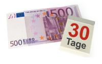 500 Euro Schein und ein Kalenderblatt mit der Zahl 30